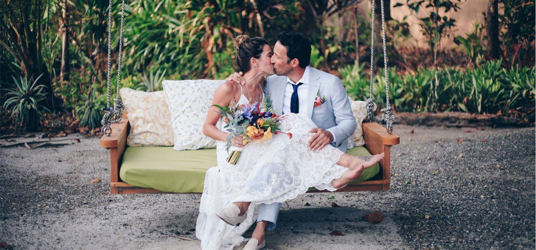 https://rusbrides.net/wp-content/uploads/2018/10/monica-and-andrew-wedding-florblanca2-compressor.jpg